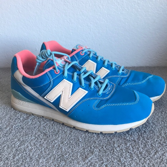 cheap for discount ab484 ca909 New Balance 996 Classic Running Shoes [MRL996GA]